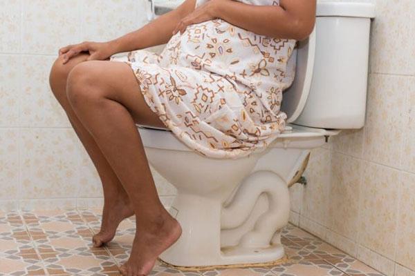 Bị trĩ ngoại có sinh thường được không