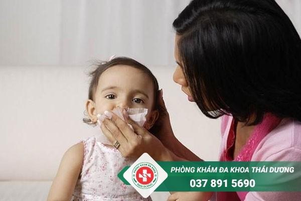 Biểu hiện trẻ sơ sinh bị viêm phổi