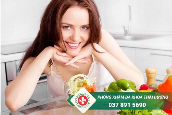 Chị em cần xây dựng chế độ ăn uống hợp lý để bảo vệ sức khỏe tử cung