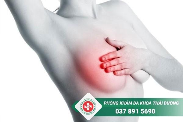 Áp xe vú là bệnh thường gặp ở chị em phụ nữ sau sinh và đang cho con bú