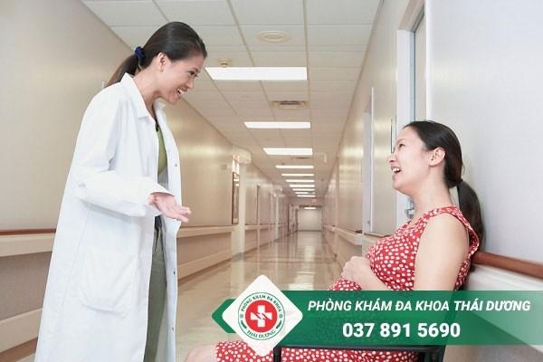 Đặt vòng nâng cổ tử cung phòng ngừa nguy cơ sảy thai, sinh non cho thai phụ