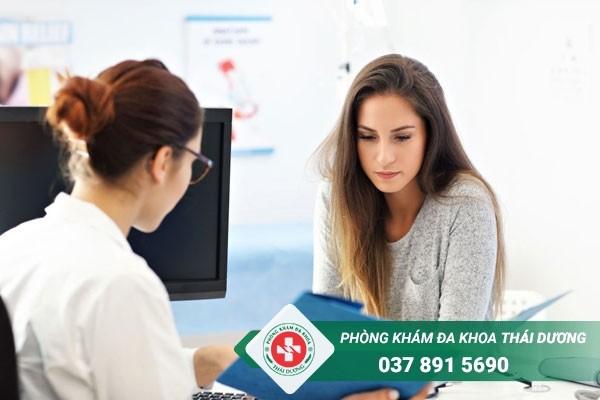 Trước khi tiến hành phá thai bằng Kovax bác sĩ sẽ thăm khám tổng quát cho thai phụ